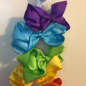 Other - Colorful bows perfect for back to school